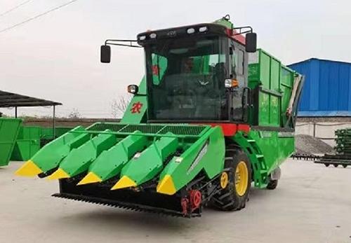 双收玉米青贮机设备供应厂家带咱们看看高作业效率的玉米秸秆双收机